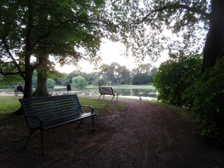 Kungsparken, Slottsparken, Malmö, bänkar